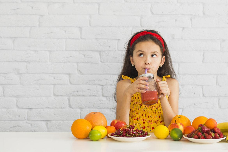 dieta, dziecko, nadwaga, otyłość, piramida żywieniowa, warzywa, owoce, fast food