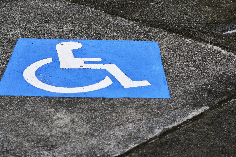 kulawa warszawa, izabela sopalska-rvbak, kulawa warszawa, miejsca parkingowe, niepełnosprawni, wózek inwalidzki