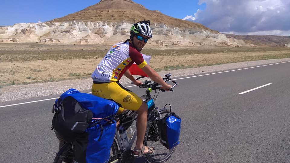 big heart bike, pamir 2019, wyprawa rowerowa, kazachstan,