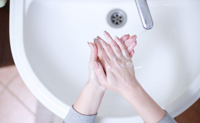 koronawirus, covid-19; jak myć ręce, infolinia nfz koronawirus; jak uniknąć zakażenia koronawirus