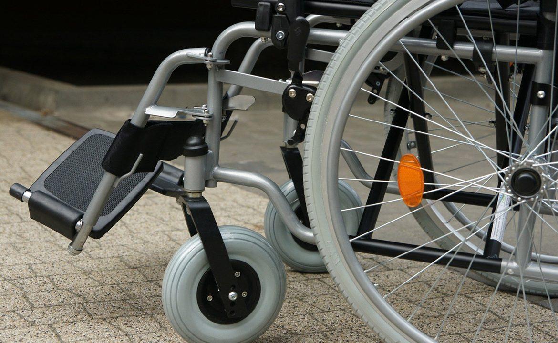 wózek inwalidzki, pacjent, wózek elektryczny , pfron, dofinansowanie