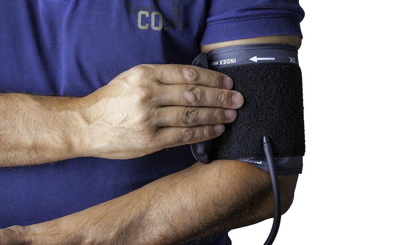 nadciśnienie, nadciśneinei tętnicze, krew, kardiologia, lekarz, personel medyczny, pacjent, styl życia, ciśnienie krwi