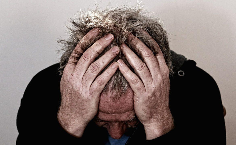 ból, ból ostry, sposoby na ból, ból przewlekły, leczenie bólu, pacjent