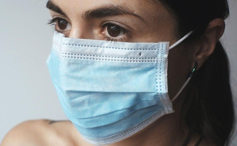 utrata węchu, utrata smaku, covid-19, sars-cov-2, koronawirus, objawy
