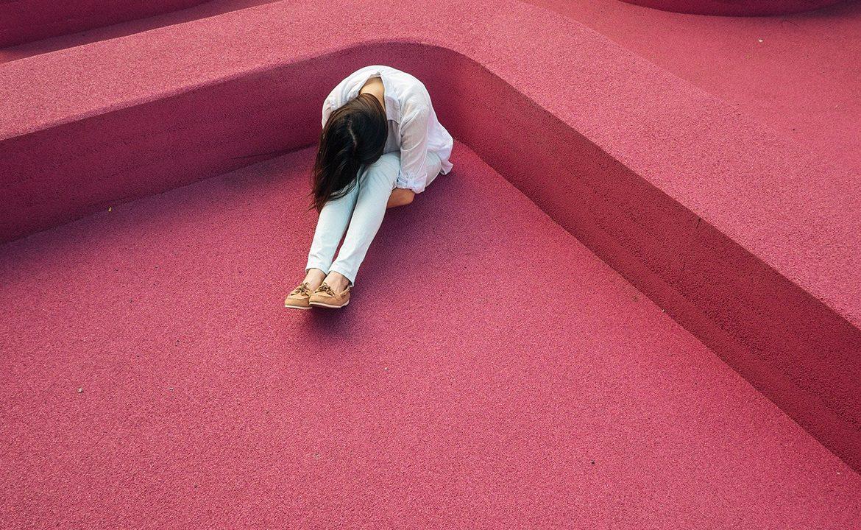 stres, choroba przewlekła, kobieta, pacjent, sm, sma, sla, strach, lęk, depresja