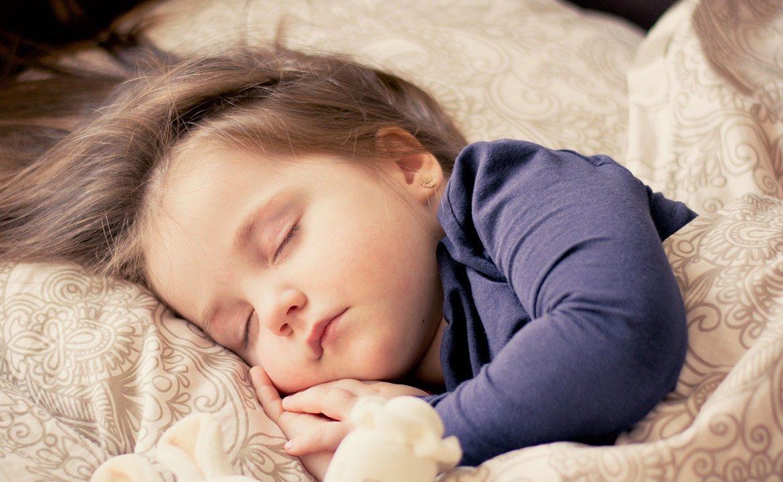 dziecko, mama, zakażenie, adenowirus, rotawirus, zapalenie płuc, lekaz, pogotowie