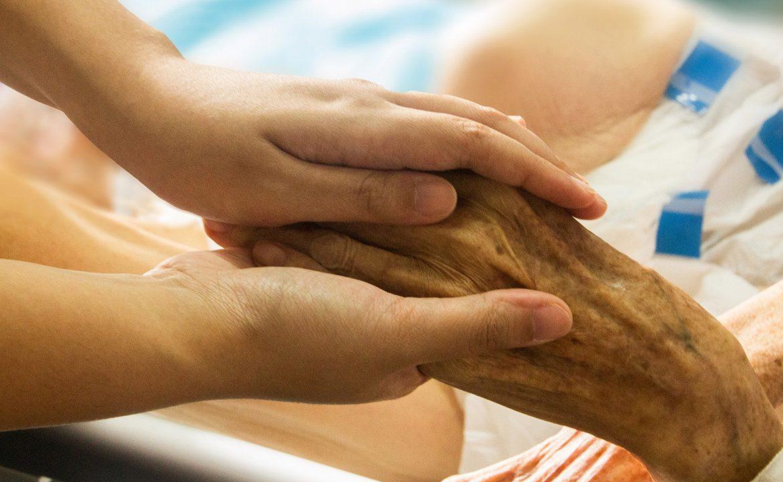dobre umieranie, jak pogodzić się ze śmiercią, opiekun, pacjent, chory, chory terminalne, śmierć w rodzinie, żaloba,
