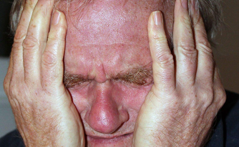 migrena ból przewlekły, migrewna z aurą, ból głowy, sposoby na ból głowy, sposoby na migrenę