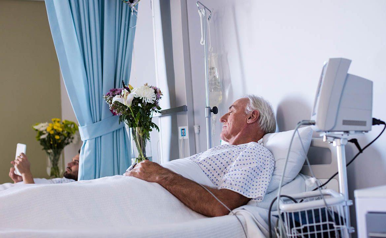 pacjent unieruuchmiony, dieta a odleżyny, odleżyny, chory leżący, terapia żywieniowa, nestle, leczenie żywieniowe, odleżyny przyczyny,