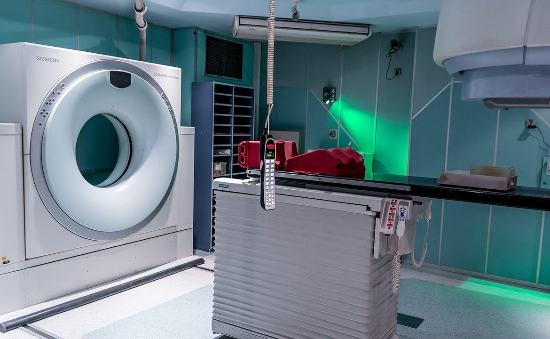 rezonans magnetyczny, MRI, punkcja lędźwiowa, badania na sm, stwardnienie rozsiane, pacjent, diagnoza, szpital, krzysztof selmaj