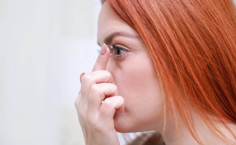 soczewka kontaktowa, szkło kontaktowe, pacjent, okulary, kontaktologia