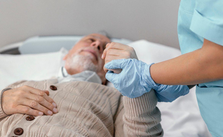gastroenterologia, pacjent, opieka, opiekun, pEG, sonda, posiłek przez sondę, podawanie PEG'a